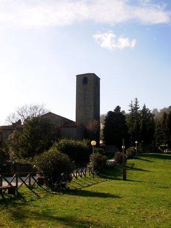 San Baronto: Veduta del campanile dalla Fraschetta