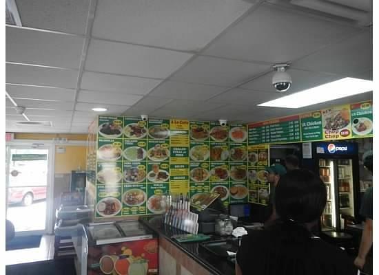 La Parrilla Rotisserie & Grill: Restaurant