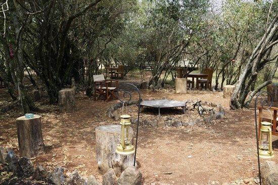 Mara Bush Camp: la sera (se non piove) fuoco