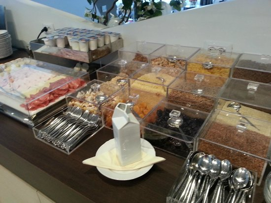 DB Hotel Verona Airport and Congress: colazione
