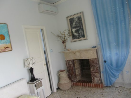 Room - Foto di Terrazza Bellavista, Carloforte - TripAdvisor