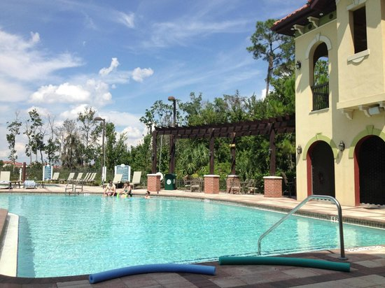 Lighthouse Key Resort and Spa: Poolside!