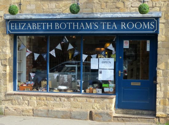 Elizabeth Botham's Tea Rooms : On a sunny Wednesday afternoon
