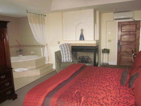 The Eagle Inn: Room
