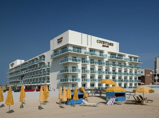 Miramar Condominiums: A Day At The Beach!