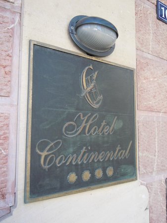 Hotel Continental: Plaque