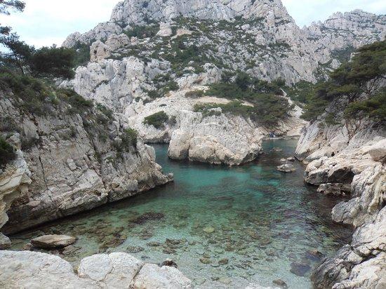Les calanques picture of marseille bouches du rhone for Marseille bouche du rhone