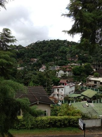 Kandy Hills Resort : the view