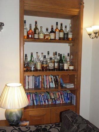 Torrdarach House: Les wiskies!