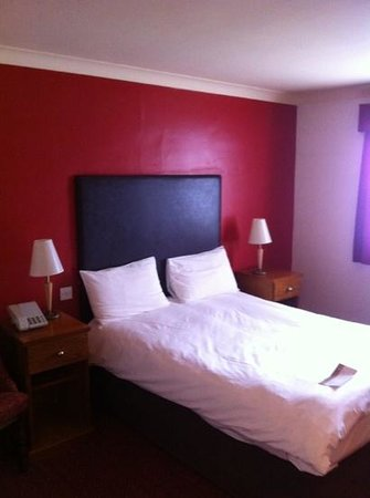 Fieldhead Hotel: room 2