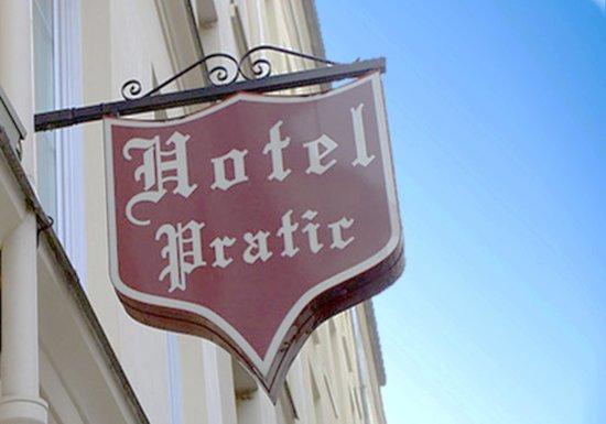 Pratic Hotel: Hotel Pratic-Authentic Paris Accomadations