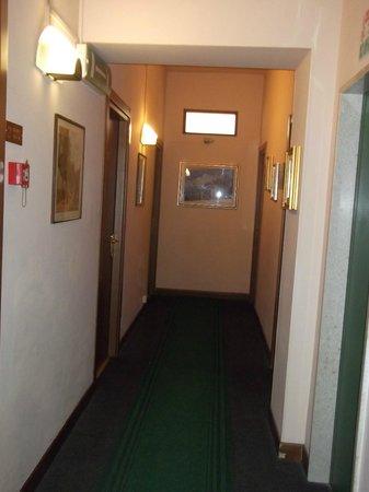 Eden Hotel: corridoio