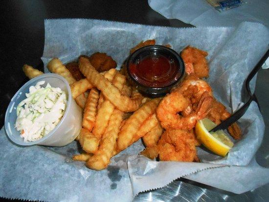 Safe Harbor Seafood Market & Restaurant : Fried Shrimp Basket, Fries and Slaw