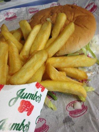 Jumbos Family Restaurant: Nice chips