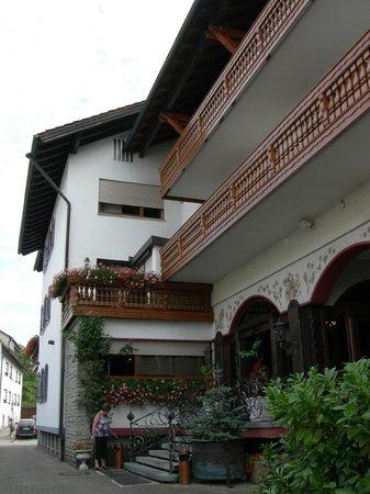 Bierhaeusle Hotel-Restaurant: Bierhaeusle, ingresso laterale