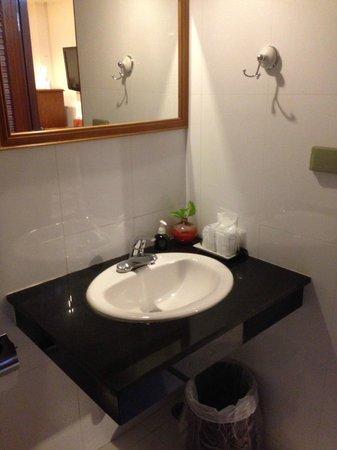 Lullaby Inn: Bathroom