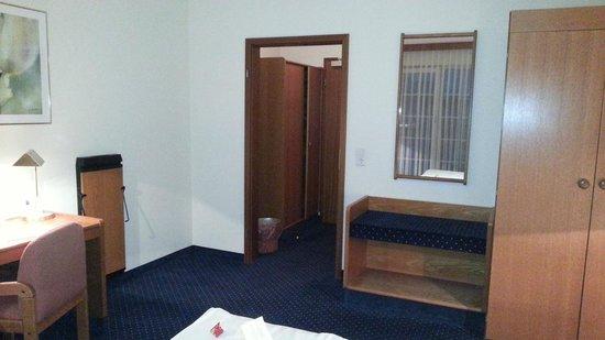 Acora Hotel und Wohnen Düsseldorf: Room
