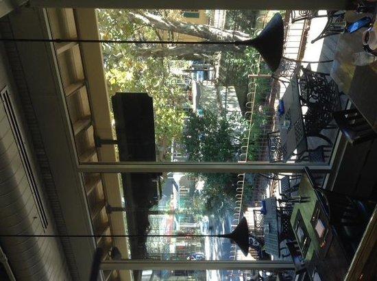 Lambertville Station Restaurant: interior