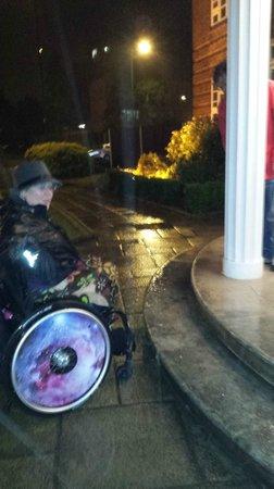Kingsland Hotel: accès handicapée!!!