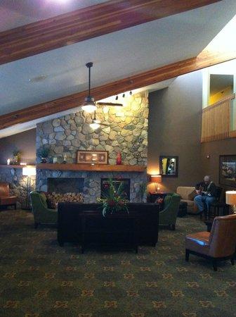 AmericInn Lodge & Suites Crookston - U of M Crookston: guest room
