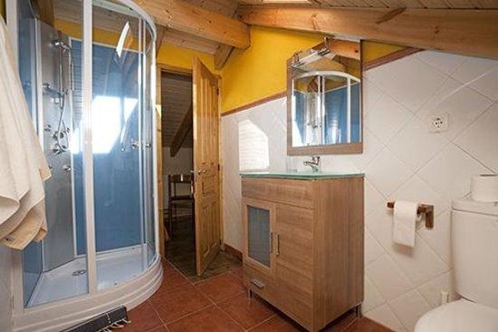 Caboalles de Abajo, Spagna: Habitación abuhardillada - Servicio