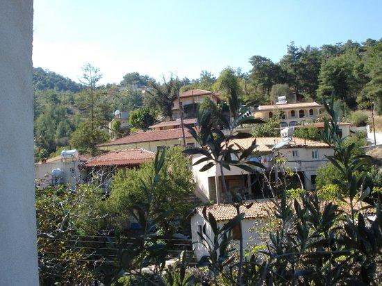 Marjay Inn: Spilia Village