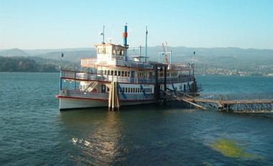 Sternwheeler Columbia Gorge: the boat we rode on