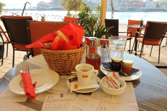 Alcanea Boutique Hotel: Breakfast