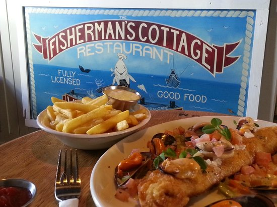 Fisherman's Cottage: Fresh Hake and Chips with Mussels