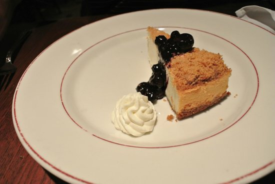 Petterino's: Chicago Cheesecake
