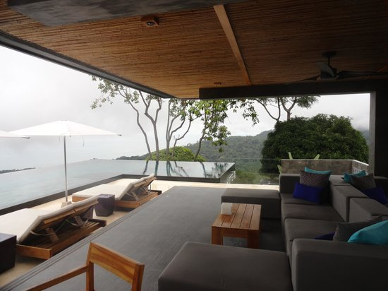 Kura Design Villas Uvita: View from the top of paradise!