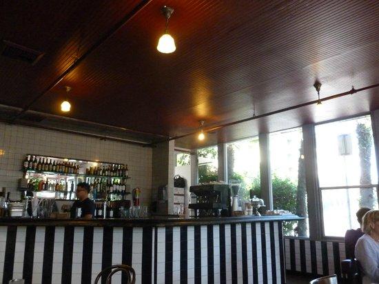 Umami Burger: interieur bar