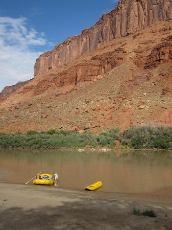 Canyon Voyages Adventure Co - Day Tours : the morning launch