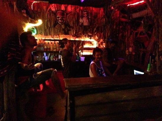 Lanta Miami Bungalows: the lads in the bar