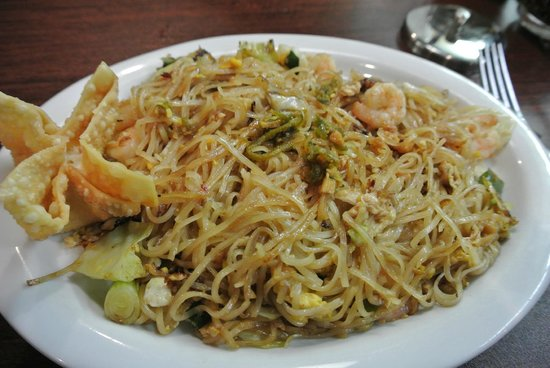 Nok's wok n roll Thai restaurant: Pad Thai with shrimps