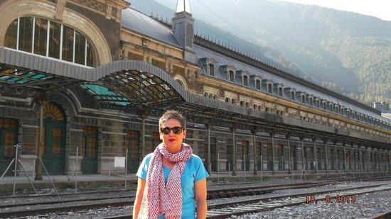 Estacion Internacional de Canfranc : PARTE DELANTERA