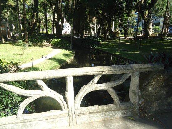 Parque do Museu da República (foto 1), em frente ao Imperial Hotel