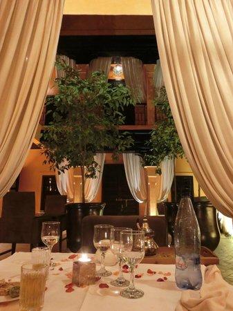 Riad Hermes: Jolie table pour un repas en amoureux