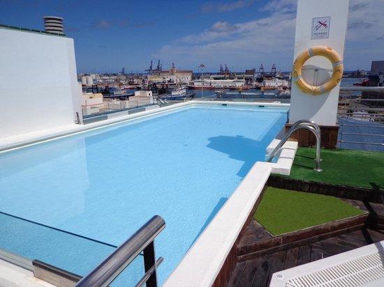 Piscina picture of cantur city hotel las palmas de gran canaria tripadvisor - Piscina las palmas ...