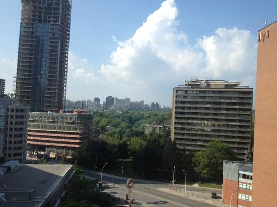 Toronto Marriott Bloor Yorkville Hotel: Room view