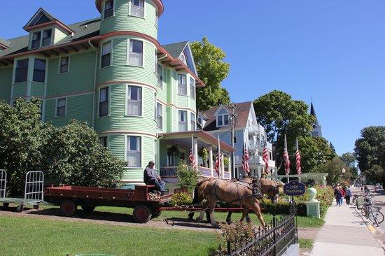 Inn on Mackinac: Historic Inn on Main Street