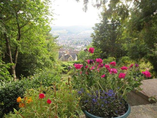 Beverleigh B&B: Blick aus dem Garten auf Minehead