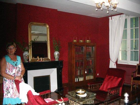 Domaine de la Vivarié : chambre décoration de château !!