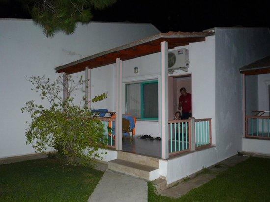 Kustur Club Holiday Village: Notre maisonnette
