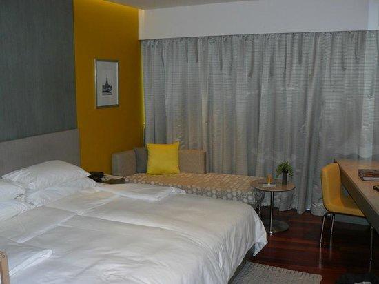 LiT BANGKOK Hotel : Room view #1