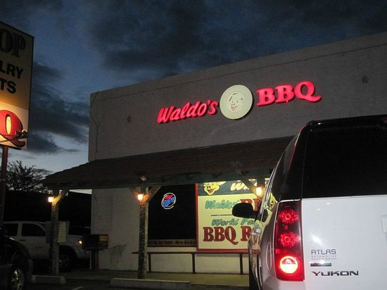 Waldo's BBQ: Restaurent.