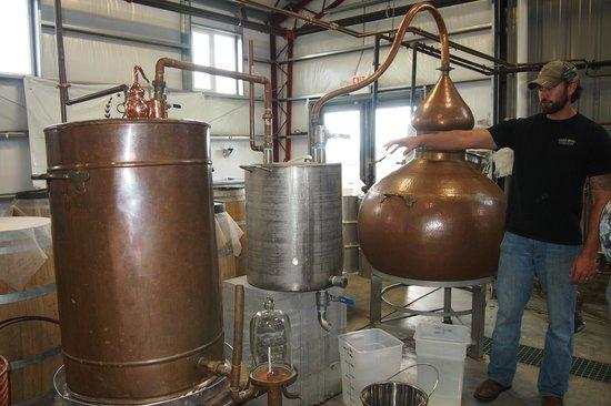 Limestone Branch Distillery: still