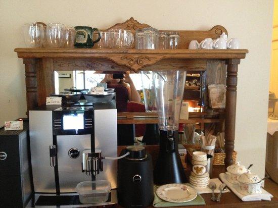 The Pleasant Street Inn: Amazing Coffee Machine