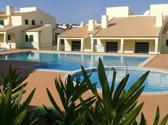 Glenridge Beach and Golf Resort: Pool
