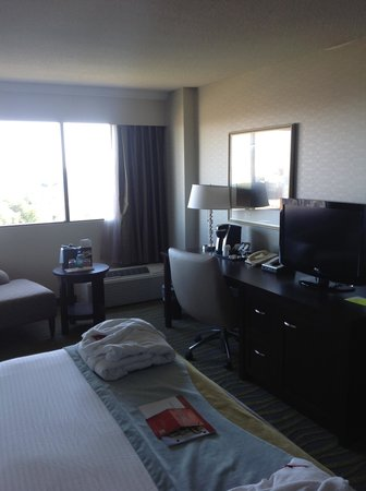 Atlantica Hotel Halifax: view of room